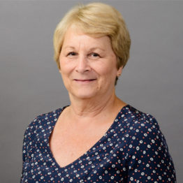 debbie wright celebrates 25 years at global shop solutions